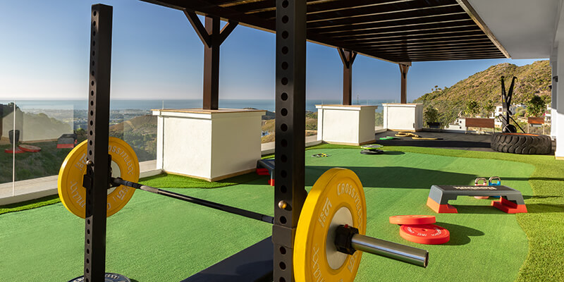 Outdoor gym facilities in Benahavis with panoramic views