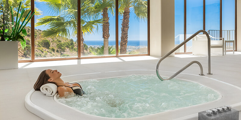Jacuzzi in Benahavis Hills Spa facilities